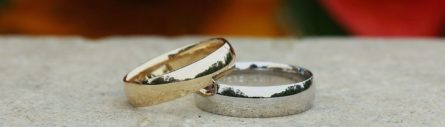gold-and-platinum-rings