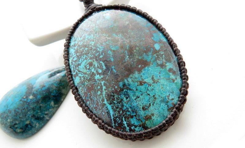 Chrysocolla - piatra zodiei gemeni