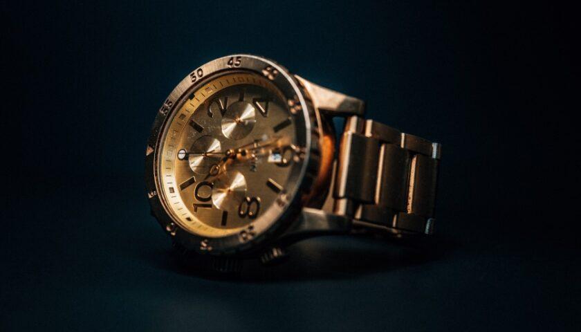 ceas de aur pentru barbati