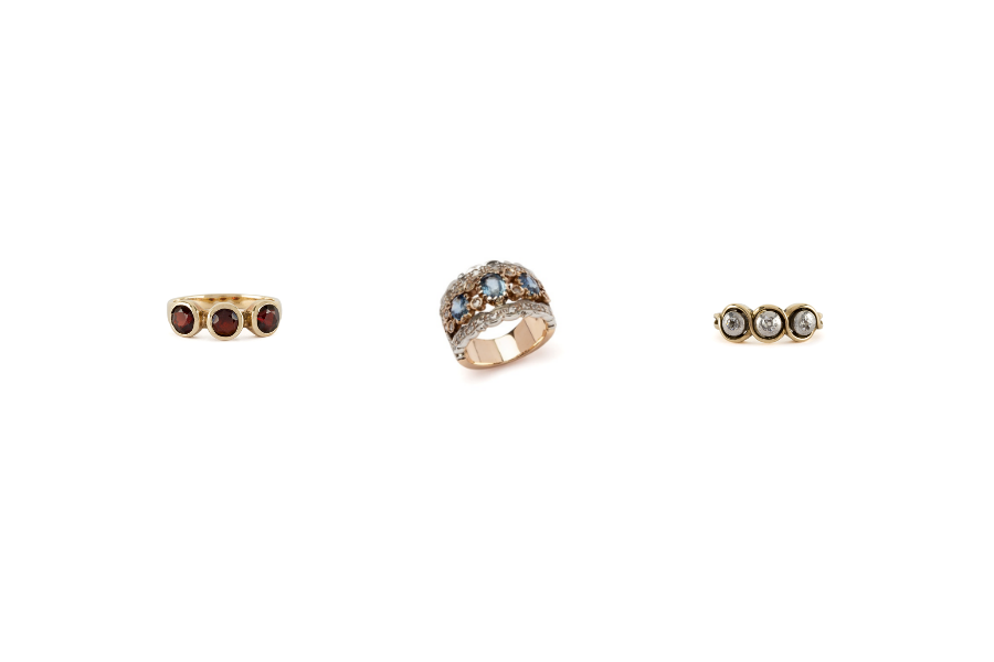 inele de aur cu trei pietre