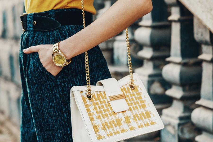 ceasuri din aur pentru femei