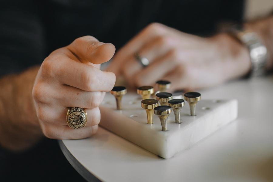 bijuterii din aur pentru barbati